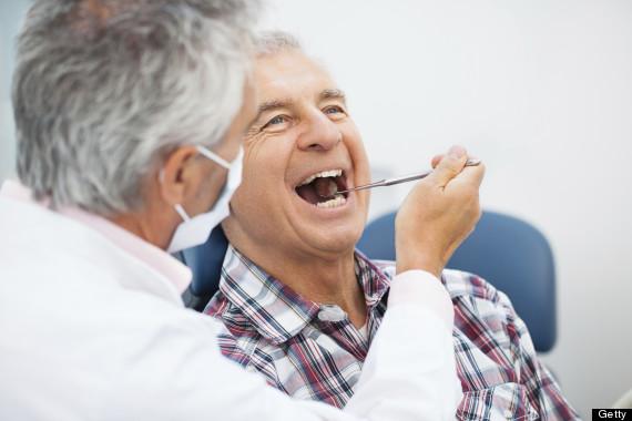 Penelitian : Kesehatan Gigi Erat Hubungannya Dengan Alzheimer
