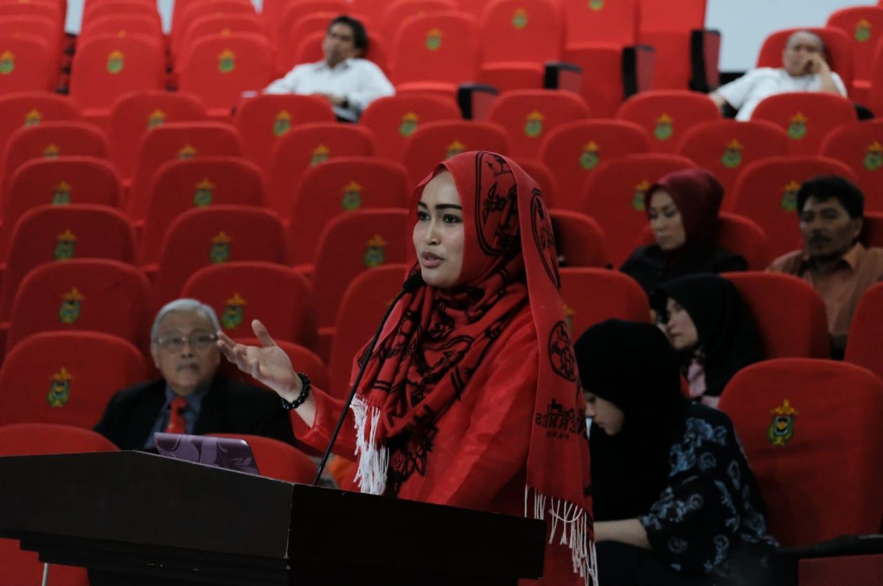 Dr.drg.Lilies Anggarwati Astuti,Sp.Perio : Usia 28 Tahun Meraih Gelar Doktor Summa Cum Laude